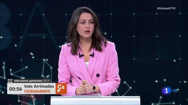 """Arrimadas: """"Sánchez es un peligro público y para sacarle de Moncloa tendemos la mano al PP"""""""
