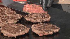 Aquí la tierra - ¡La pelota de Catral no es una hamburguesa!