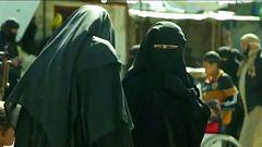 Varios países europeos se plantean qué hacer con las mujeres de su nacionalidad que se unieron al Daesh