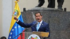 """Guaidó convoca para el 1 de mayo la marcha """"más grande"""" para desalojar a Maduro"""