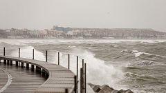 Fuertes vientos e intensas lluvias en buena parte del este peninsular y Baleares