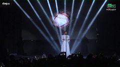 """Eurovisión 2019 - Jonida Maliqi canta """"Ktheju tokës"""" en la Preparty"""