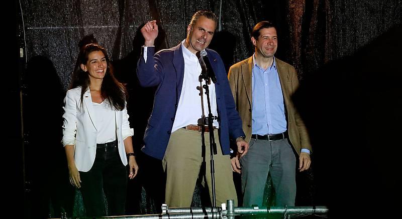 """El secretario general de Vox, Javier Ortega Smith, ha celebrado los resultados de las Elecciones Generales 2019, en los que la formación verde ha obtenido representación parlamentaria por primera vez en su historia, con 24 escaños provisionales. """"La"""