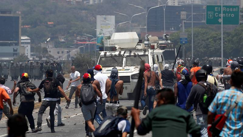 """Carlos Malamud: """"Este es el comienzo del fin del régimen, pero no sabemos ni cuando va a llegar ni cómo va a ser"""""""