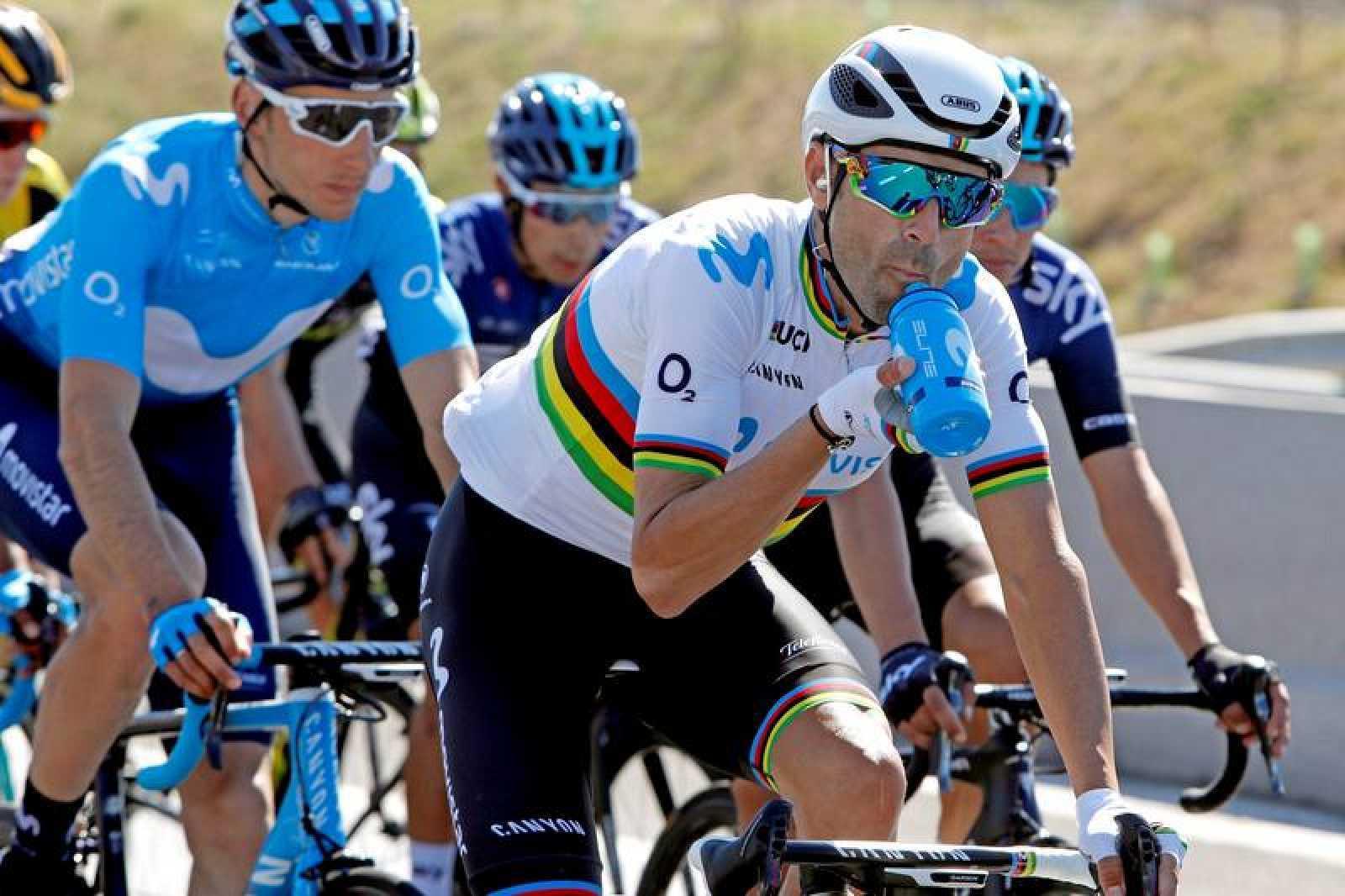 El ciclista español Alejandro Valverde no correrá finalmente el Giro de Italia, primera gran vuelta del año, como consecuencia del golpe sufrido hace unos días en la Lieja-Bastoña-Lieja, según ha anunciado su equipo Movistar.