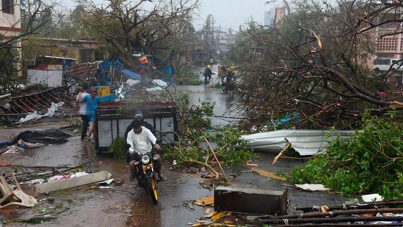 "El ciclón Fani llega a Bangladesh como ""depresión severa"" tras causar 11 muertos"
