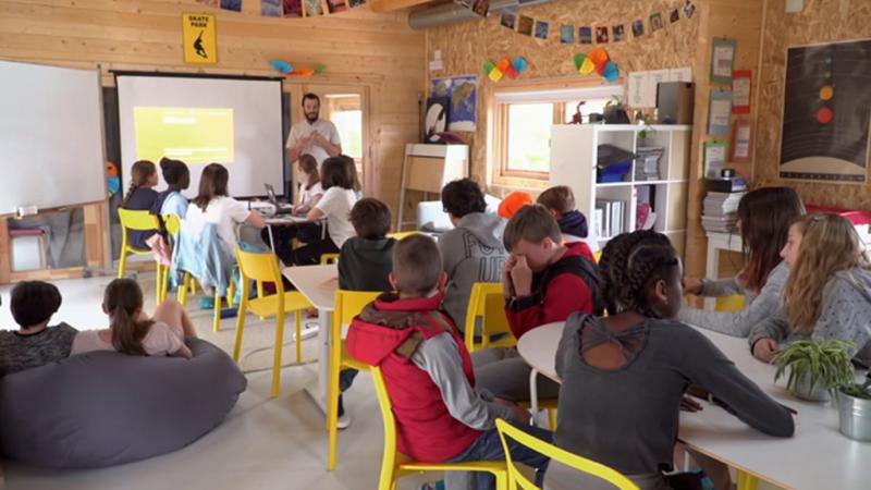 Maneras de educar - Colegio El Dragón de Torrelodones, Madrid - ver ahora