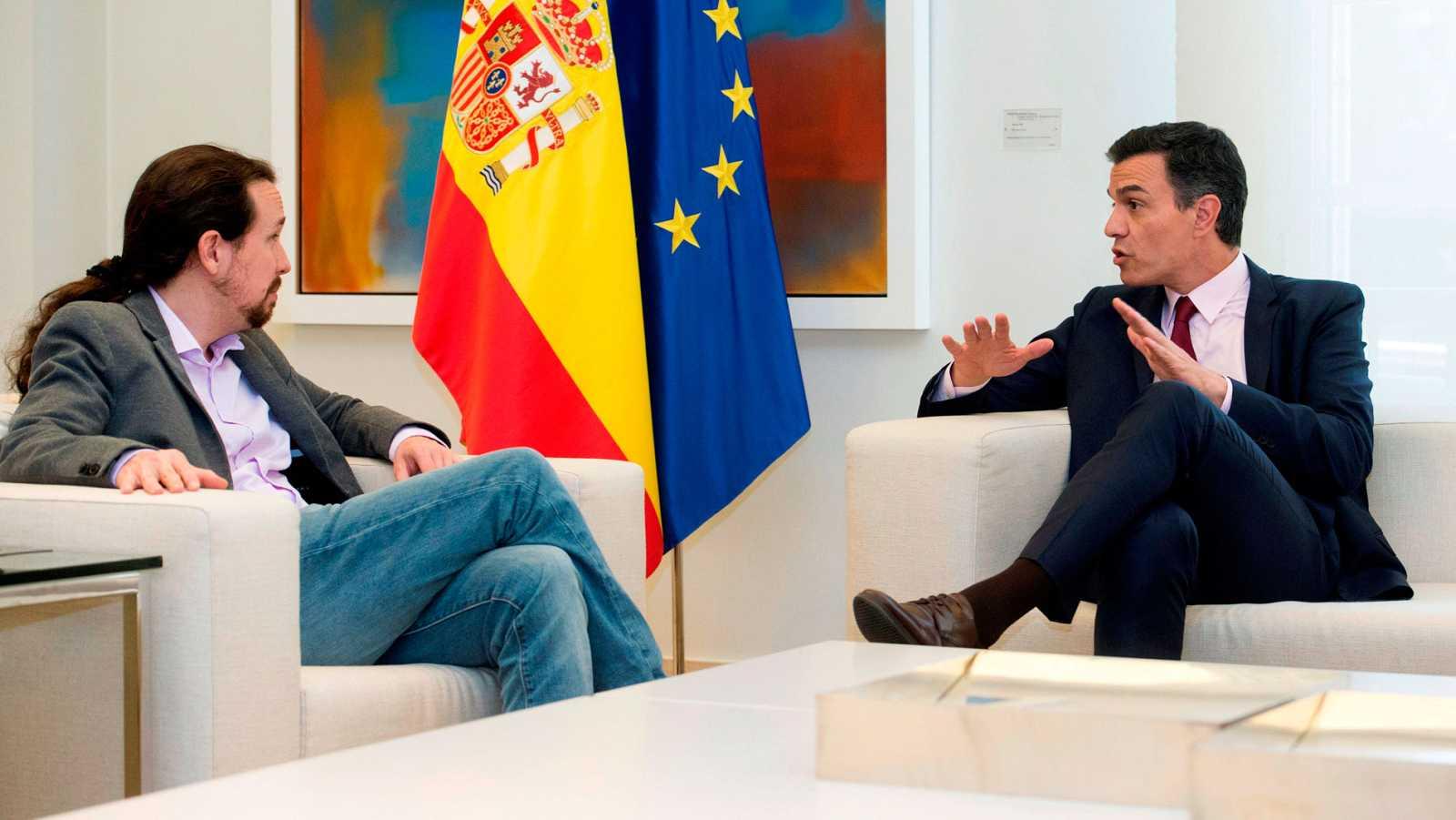 Sánchez e Iglesias escenifican su voluntad para llegar a un acuerdo de gobierno progresista