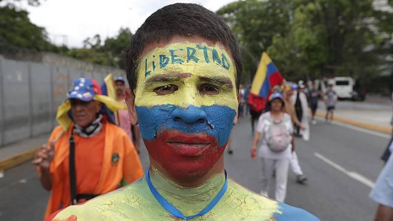 Venezuela, enrocada entre Maduro y Guaidó una semana después del fracaso de la 'Operación Libertad'