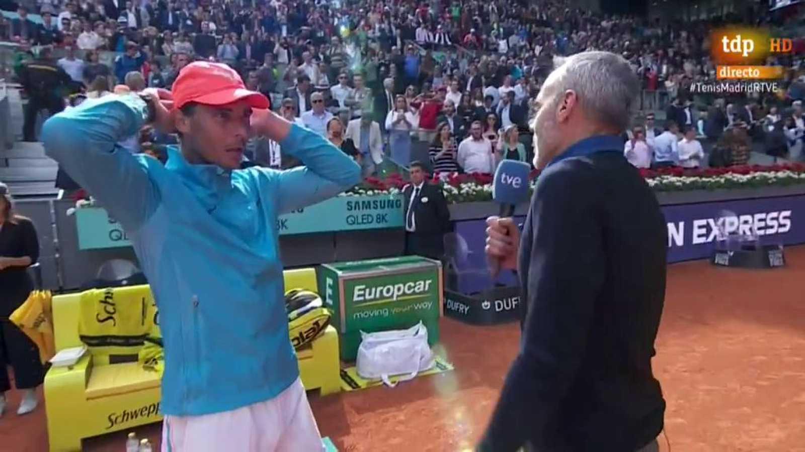 Rafael Nadal impuso su experiencia y mayor control de la bola para vencer a la joven promesa de 18 años canadiense Felix Auger-Aliassime, el de menor edad en el cuadro en esta edición, en su debut en el Mutua Madrid Open por 6-3 y 6-3, y lograr los o