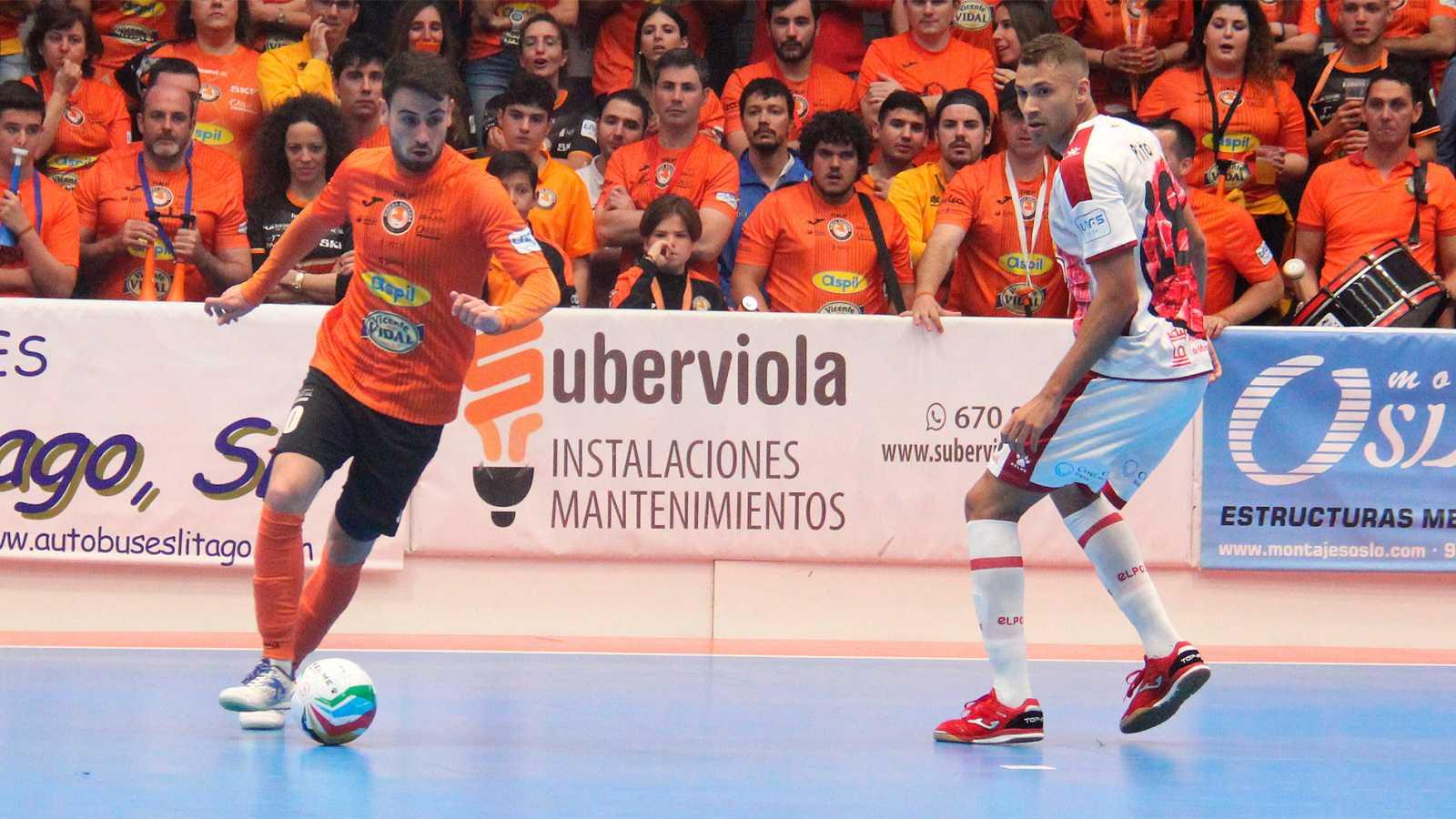 El equipo navarro ha conseguido la primera victoria del primer duelo de los playoffs de la Liga Nacional de Fútbol Sala.