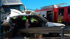 Dos muertos y seis heridos graves en un accidente de tráfico en Cieza con cuatro menores