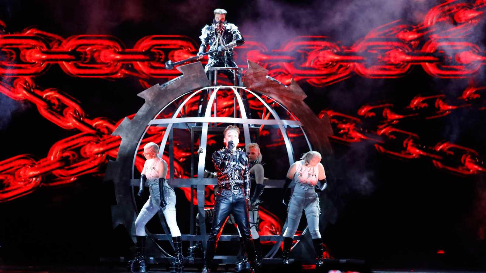"Eurovisión 2019 - Islandia: Hatari canta ""Hatrid mun sigra"" en la primera semifinal"