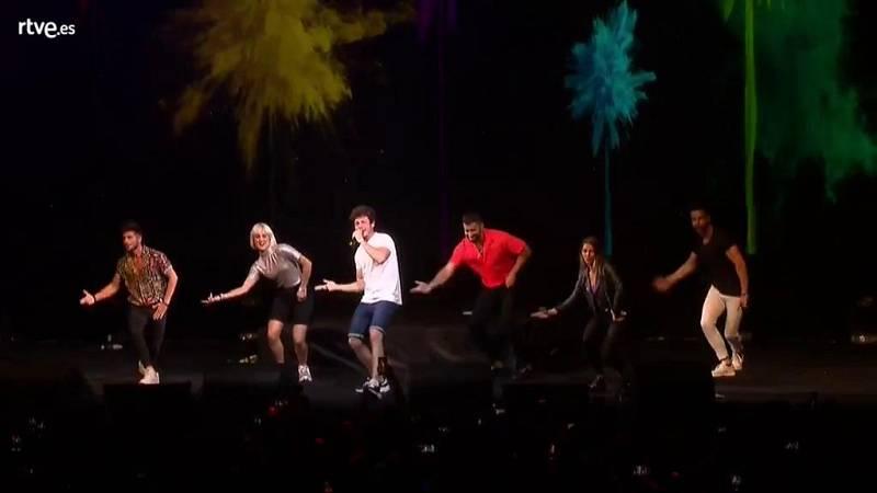 """Eurovisión 2019 - Miki canta """"La venda"""" en el Euroclub"""