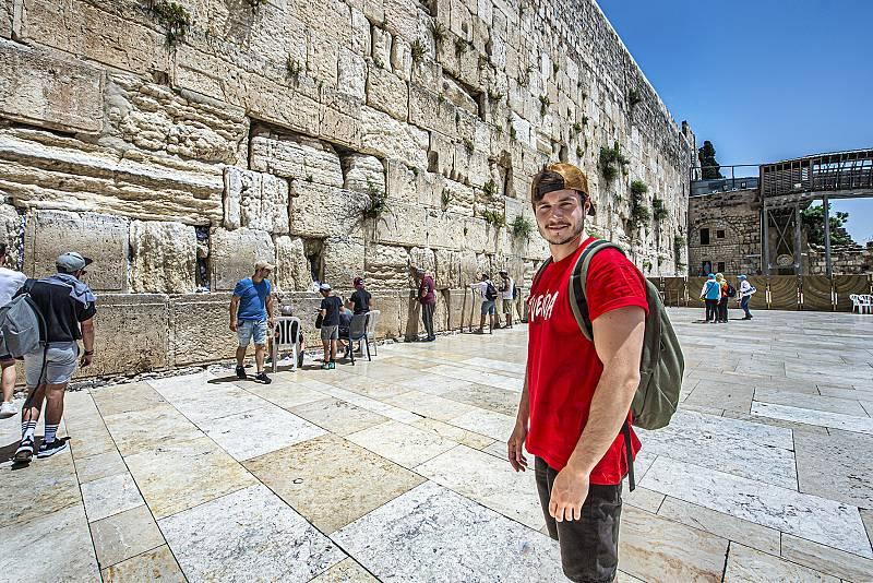Eurovisión 2019 - Miki visita la Torre de David, en Salto Sepulcro y el Muro de las lamentaciones de Jerusalén