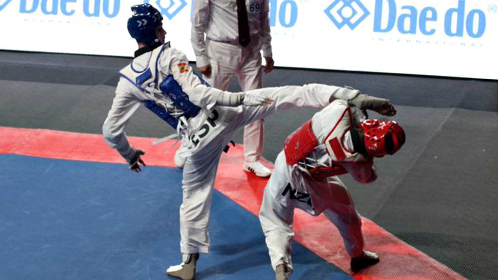 El español Javier Pérez Polo luchará este viernes por la medalla de oro en la categoría masculina de hasta 68 kilos de los Campeonatos del Mundo de taekwondo, que se disputan en la ciudad británica de Manchester.