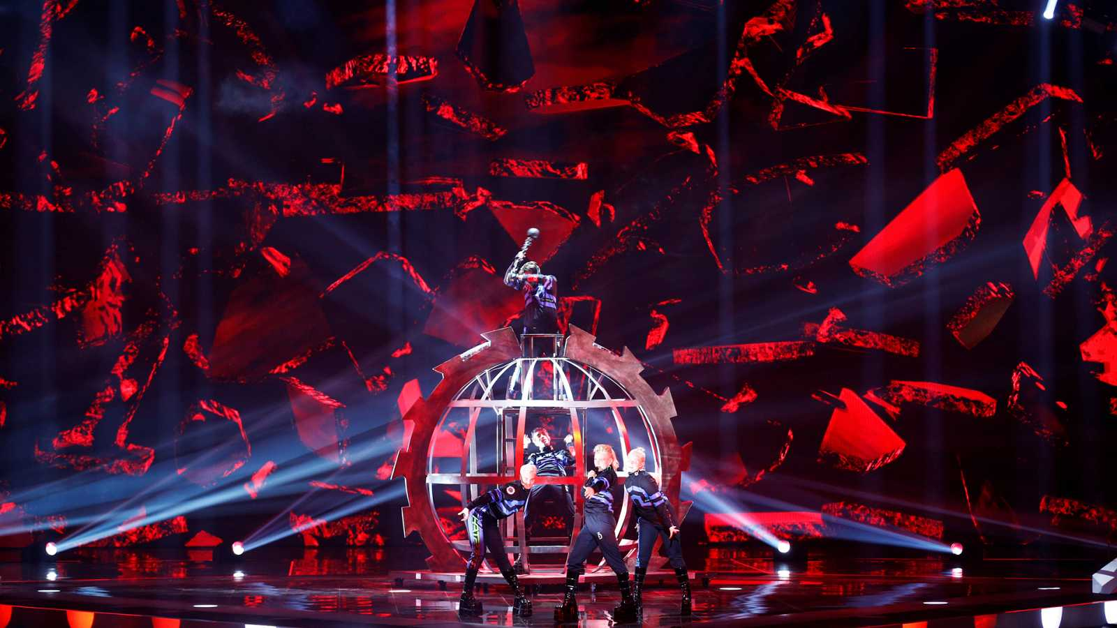 "Eurovisión 2019 - Islandia: Hatari canta ""Hatrid mun sigra"" en la final"