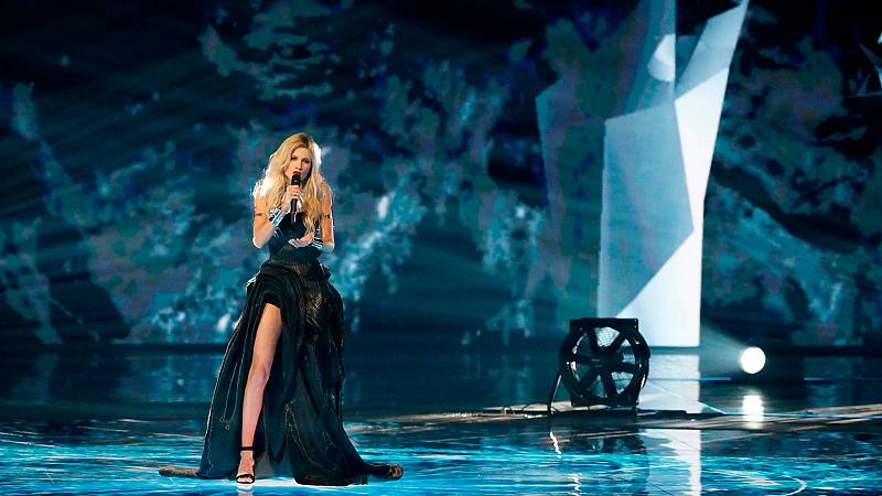 "Eurovisión 2019 - Serbia: Nevena Bo?ovic canta ""Kruna"" en la final"