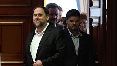 Los presos independentistas electos se acreditan en las Cortes