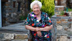26M: Charito, de Abuelas por Patones, aspira a ser alcaldesa de este pueblo madrileño a sus 95 años