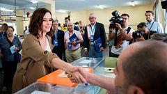 """Los candidatos a presidir la Comunidad de Madrid acuden a las urnas """"con ilusión"""" y hacen un llamamiento al voto de todos los madrileños"""