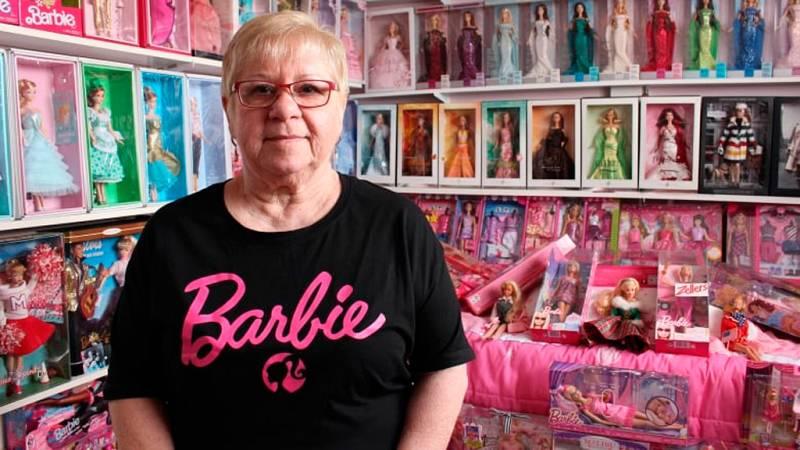 ¿Cómo es vivir rodeada de 3.000 muñecas Barbie?