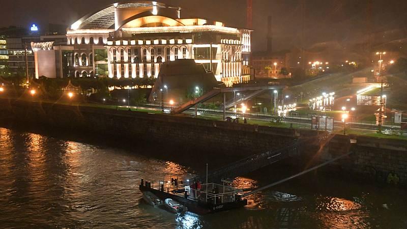 Al menos siete muertos y 21 desaparecidos en un naufragio en el Danubio