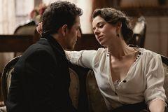 Genoveva seduce a Antoñito