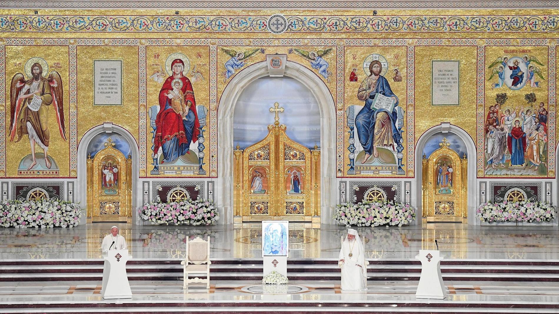 El Papa, en la catedral ortodoxa de Rumanía