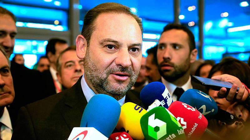 Ábalos pide a los partidos que dejen de lado los intereses partidistas y apela a que hagan posible la gobernabilidad del país