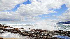 Vientos de poniente con intervalos de fuerte en el Estrecho y Alborán
