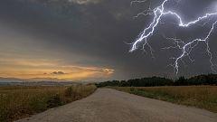 Chubascos y tormentas fuertes al final del día en Navarra
