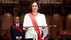 Ada Colau revalida la alcaldía de Barcelona con el apoyo de PSC y Valls
