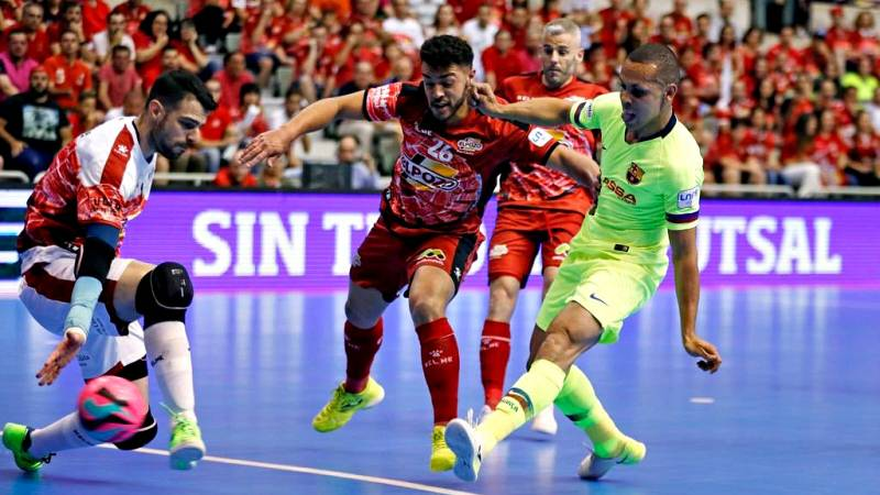 El Barça Lassa forzó este lunes el quinto y definitivo partido de la final de la Liga de Primera División de fútbol sala, que se disputará el sábado a las 21.00 en el Palau Blaugrana, después de vencer por 3-7 a ElPozo Murcia, que de haber ganado se