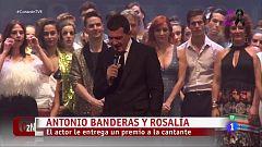 Antonio Banderas y Rosalía cantan juntos