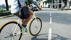 Más del 60% de los conductores que adelantan a una bicicleta no recuerdan haberla visto