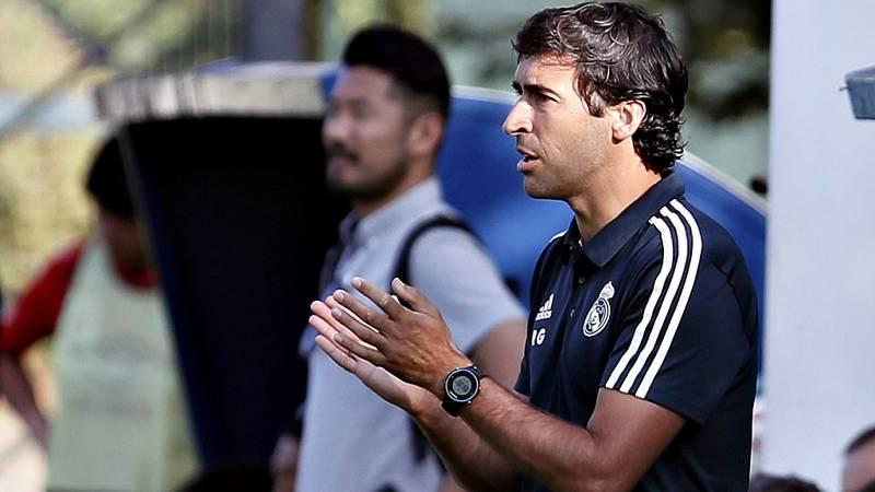 El Real Madrid hizo oficial este jueves que Raúl González Blanco será el técnico del Castilla la próxima temporada. Raúl dirigió el pasado curso al cadete B y al juvenil B en la cantera madridista y ahora da un nuevo paso adelante en su carrera como
