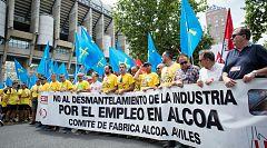 Los trabajadores de Alcoa finalizan su protesta en Madrid tras 12 días de marcha