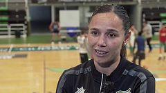 Mujer y deporte - Árbitro de baloncesto: Esperanza Mendoza