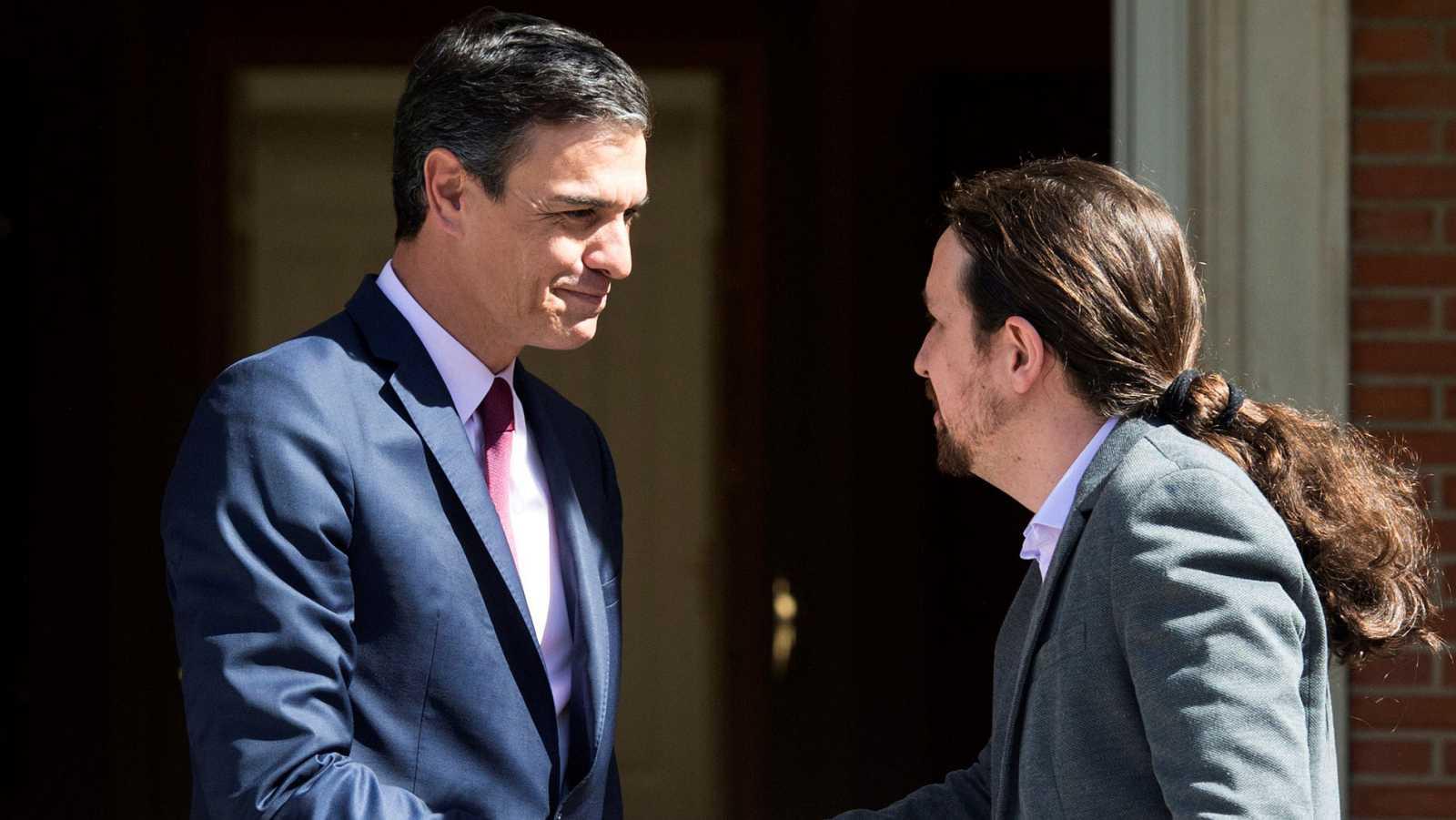 Resultado de imagen para Fotos de la reunión hoy de Sánchez e Iglesias