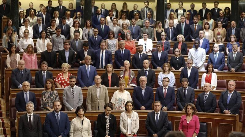 """El Congreso homenajea a las víctimas del terrorismo, que exigen que no se """"blanquee"""" el relato de los asesinos"""