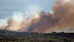 """Los bomberos se enfrentan al """"peor día"""" para intentar controlar el incendio de Ribera d'Ebre"""