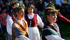 Las Peñas de Pamplona premian a las primeras dantzaris