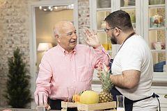 """Felix Vázquez, experto frutero, visita """"Hacer de comer"""""""