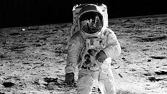 La retransmisión de la llegada a la Luna, comentada por Jesús Hermida (1969)