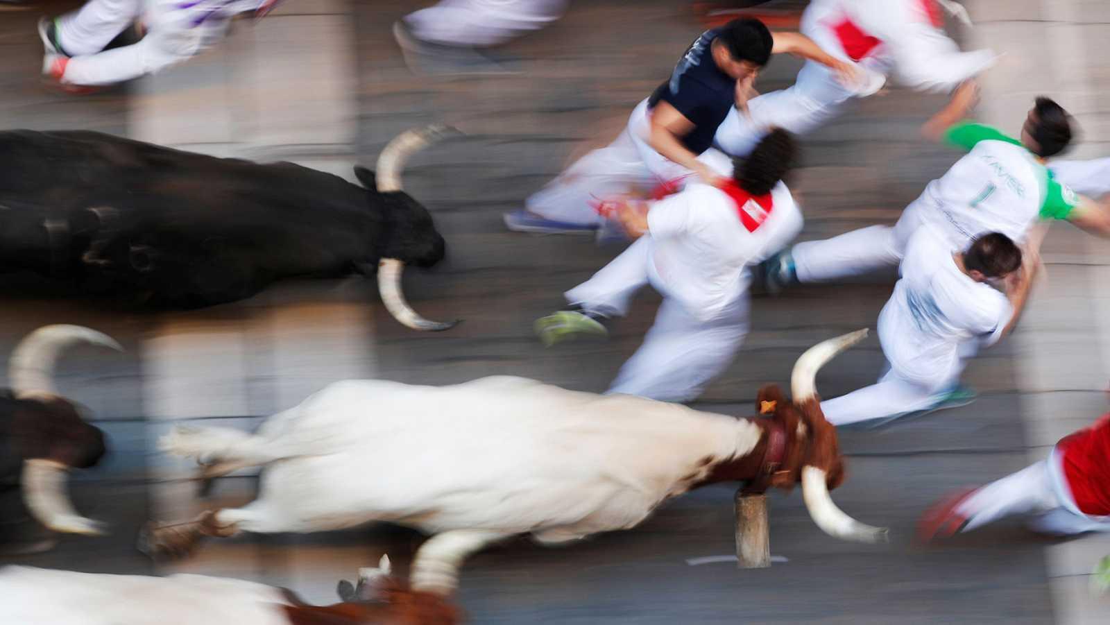 Sexto encierro de los Sanfermines 2019: Emoción con los toros de Núñez del Cuvillo