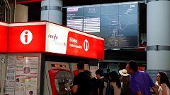Quejas de los pasajeros de Renfe en las primeras horas de huelga