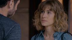 Servir y Proteger - Silvia sigue enamorada de Álvaro