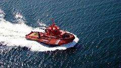 Rescatadas 219 personas y el cadáver de una mujer de tres pateras en el mar de Alborán