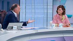 """Carmen Calvo considera que si Iglesias estuviera en el Consejo de Ministros """"lo haría muy difícil"""""""